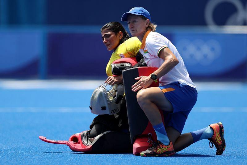 Savita Punia with analytical coach Janneke Schopman after India