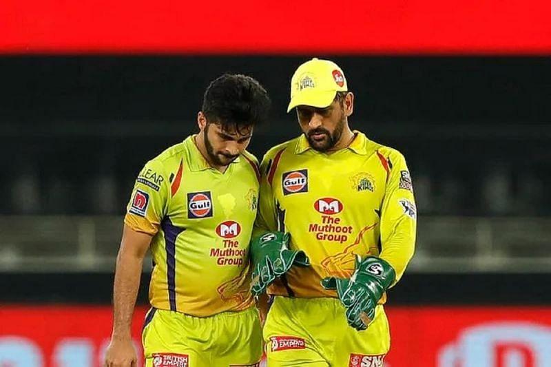 एमएस धोनी ने बल्लेबाजी ग्रिप नीचे से पकड़ने की सलाह दी - शार्दुल ठाकुर (Photo - IPL)