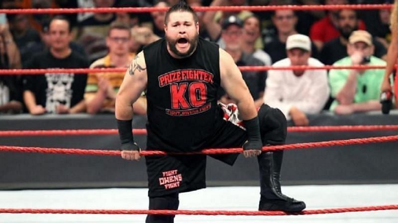 WWE में कब तक रहेंगे सुपरस्टार केविन ओवेंस?