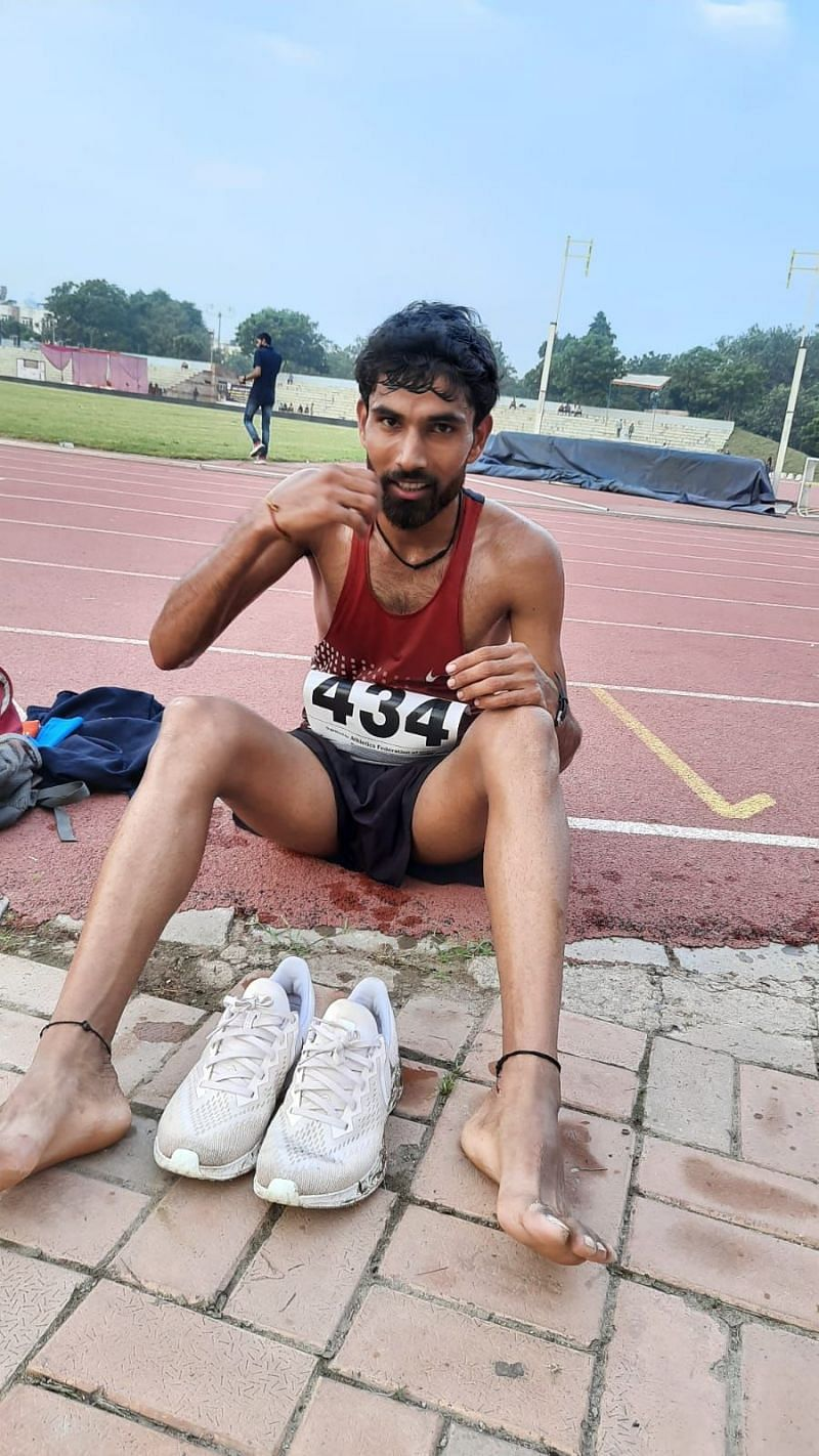 It is financially difficult for Adesh to manage his sports equipment