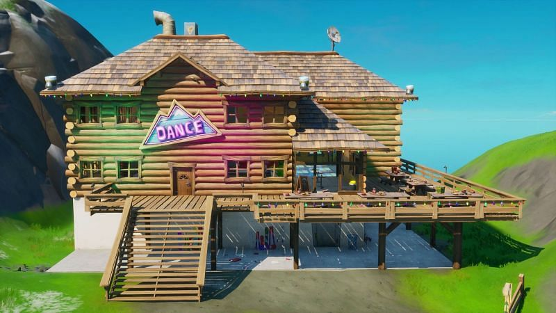 Apres Ski is notable for the dance floor that is on the bottom floor of the cabin. Image via Epic Games Fabio Sparklemane, the NPC who currently resides at Apres ski and has a questline. Image via Epic Games