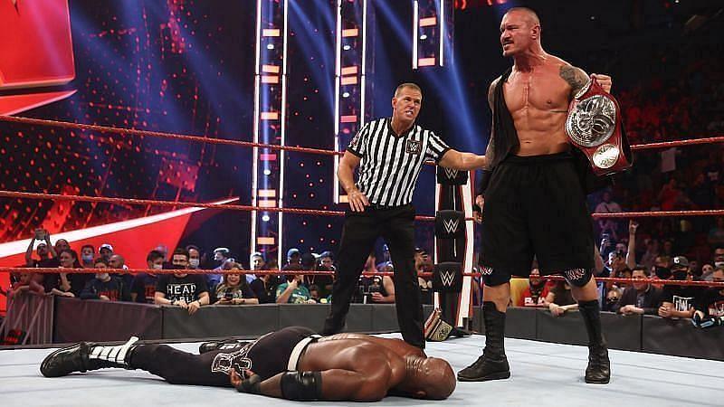 WWE Raw में इस हफ्ते रैंडी ऑर्टन को मिली हार