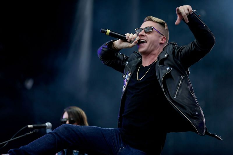 Macklemore at 2014 iHeartRadio Music Festival Village (Image via Getty Images)