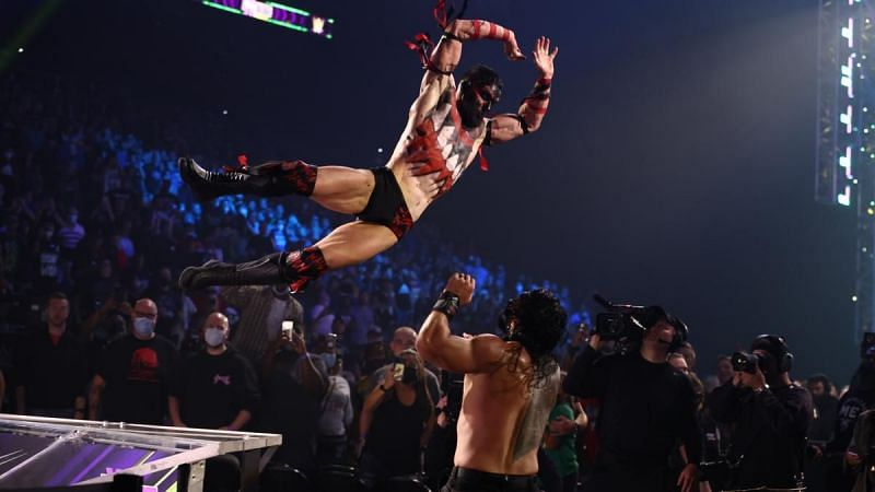 WWE यूनिवर्सल चैंपियन रोमन रेंस ने किया अनोखा काम