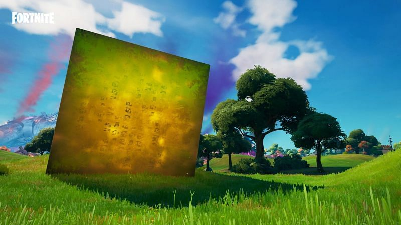 A Golden Cube has spawned outside of Holly Hedges as Season 8 begins (Image via Epic Games)