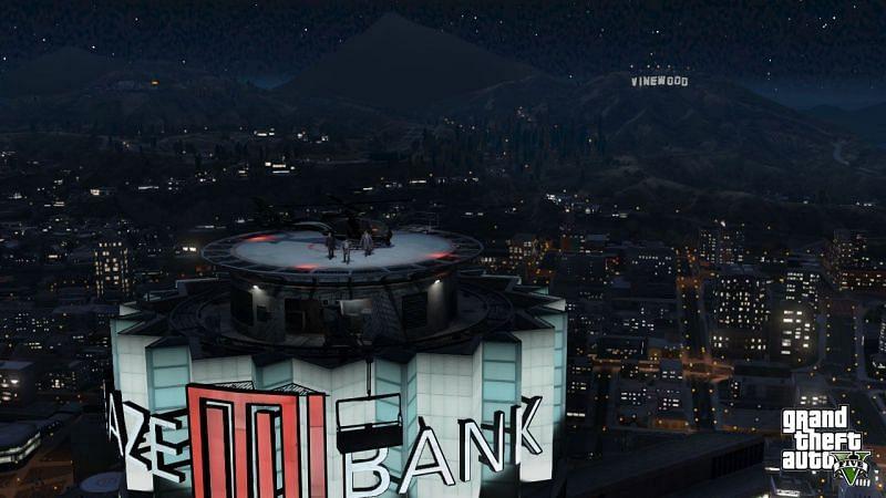 GTA 在线模式中迷宫银行塔的顶部(图片来自 Rockstar Games)