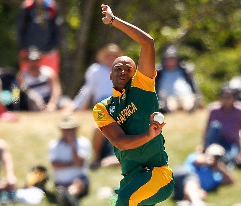 वर्नन फिलैंडर एक जबरदस्त तेज गेंदबाज रहे हैं