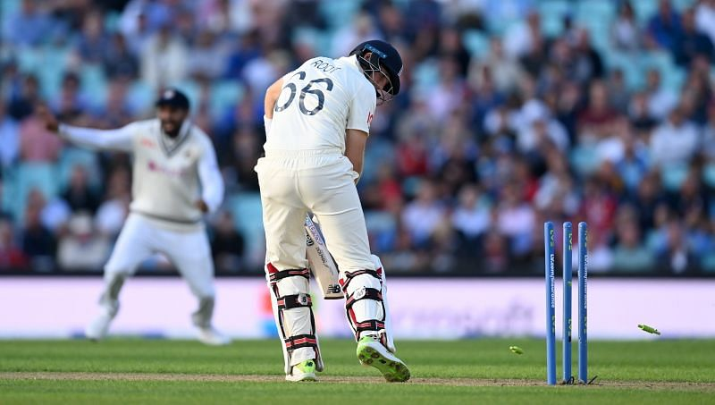 Joe Root undone by a nip-backer from Umesh Yadav in the closing stages of Day One.