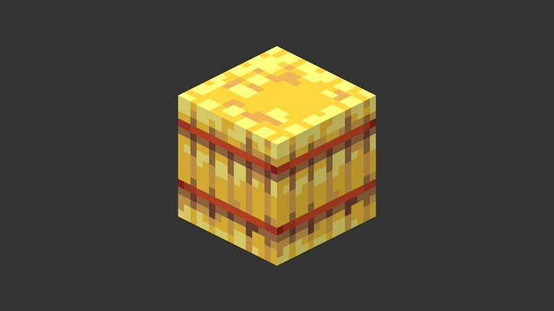 Hay bales have existed in Minecraft since 2013, and have enjoyed a significant amount of positive changes (Image via Mojang).