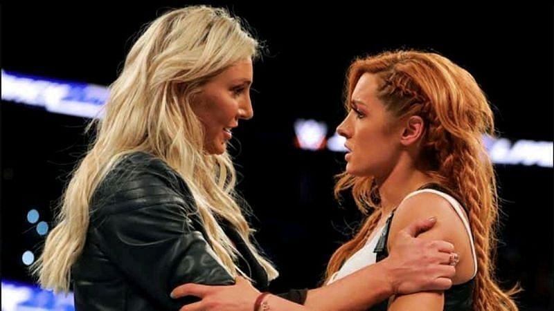 WWE दिग्गज शार्लेट फ्लेयर ने किया कमाल