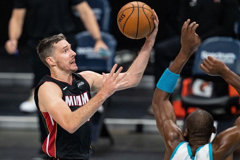 Goran Dragic goes for a layup during an NBA game.