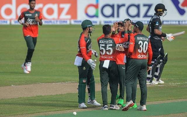 Bangladesh Cricket team celebrating.