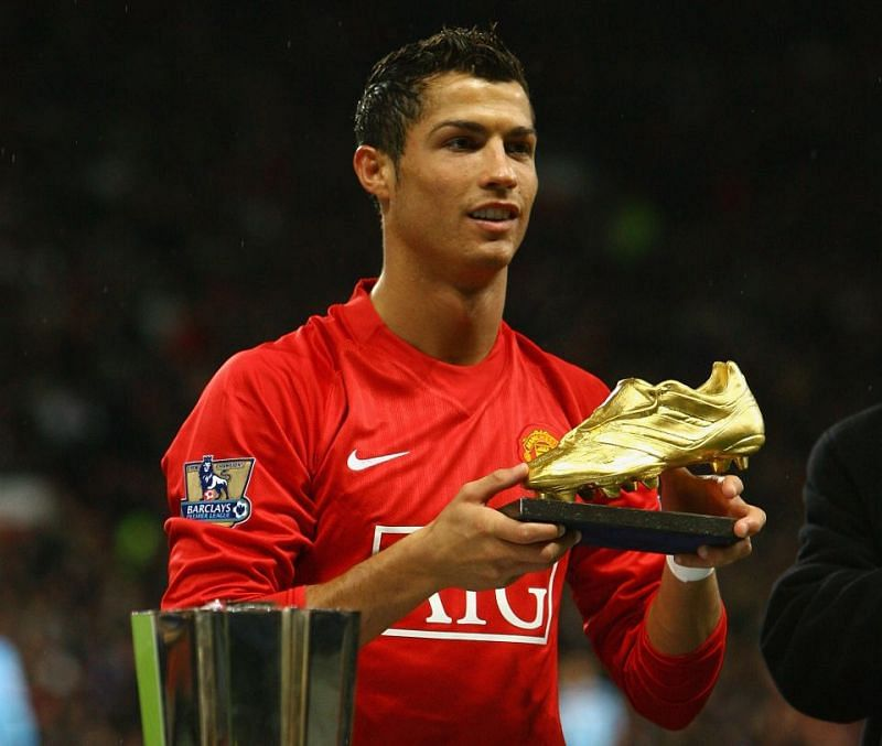 Another Premier League Golden Boot and Ronaldo will be the oldest player to win it