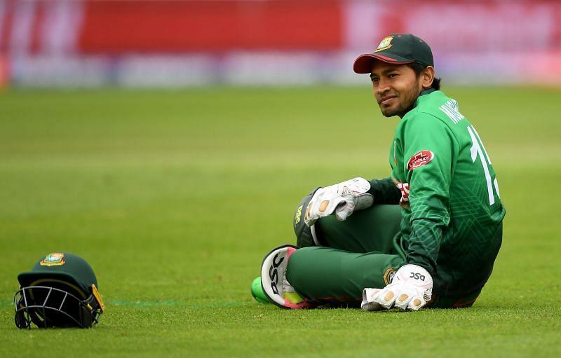 बांग्लादेश के सबसे सफल विकेटकीपर मुशफिकुर रहीम ने 89 मैचों में 32 कैच और 29 स्टम्पिंग की है