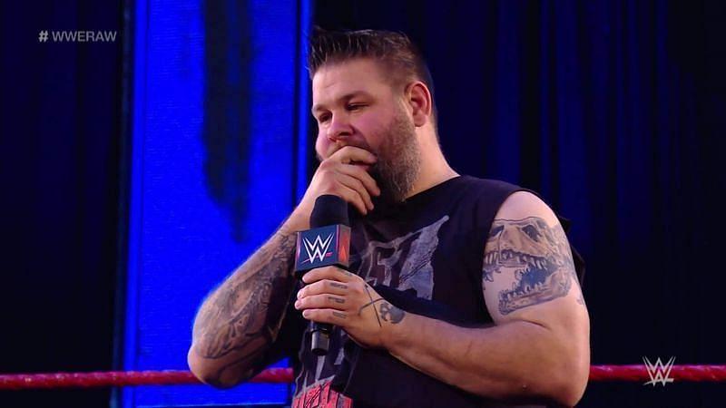 WWE दिग्गज केविन ओवेंस का कॉन्ट्रैक्ट अगले साल जनवरी में खत्म होगा