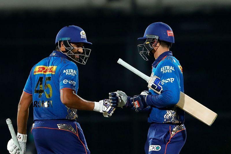 Aakash Chopra feels the opening batsmen will have to start cautiously [P/C: iplt20.com]