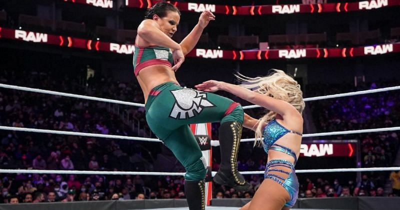 Shayna Baszler beat Dana Brooke in the Queen Crown tournament match on RAW.