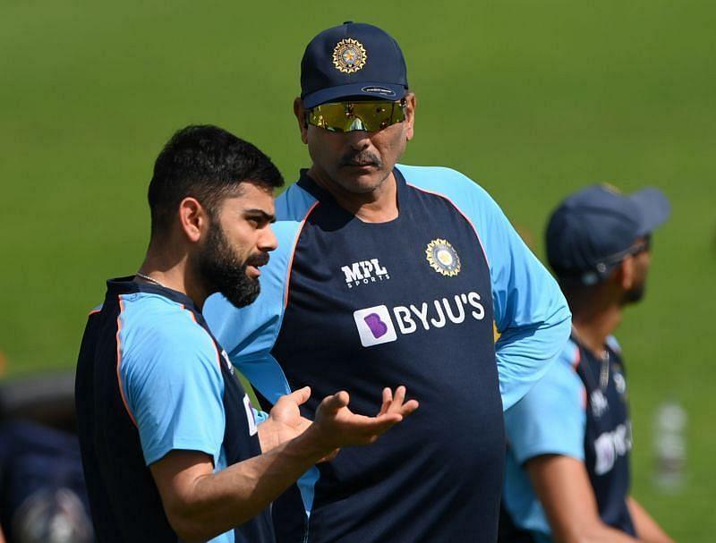 रवि शास्त्री इस समय टीम इंडिया के साथ यूएई में जुड़ चुके हैं