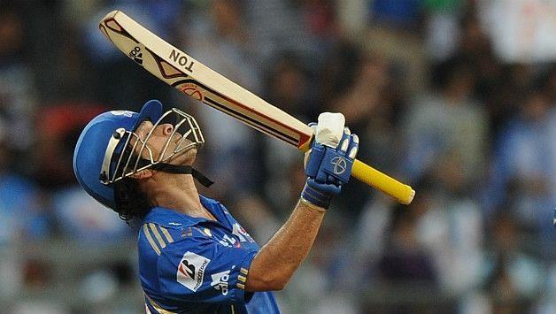 सचिन ने आईपीएल में भी बेहतरीन प्रदर्शन किया है