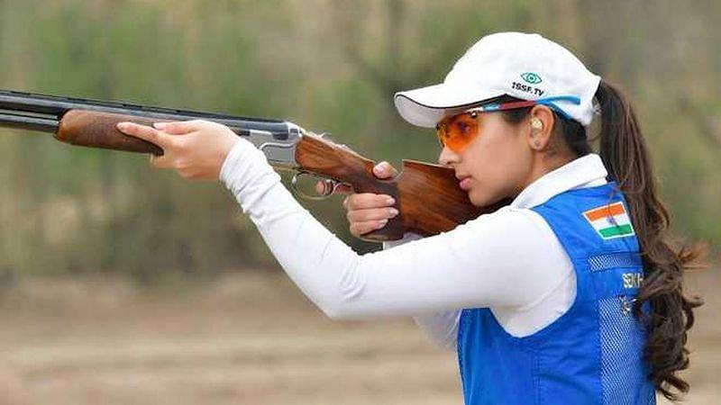 Ganemat Sekhon wins silver medal in 10m women's skeet event. (©Twitter)