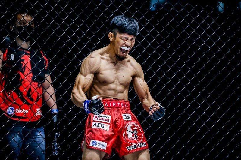 Lito Adiwang of Team Lakay moves up to the Top 5 strawweight contenders list
