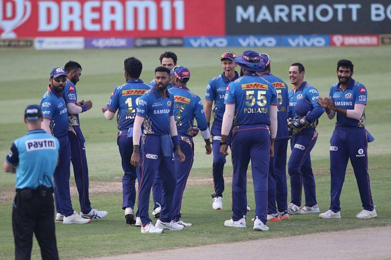 मुंबई इंडियंस टीम (Photo Credit - IPLT20)