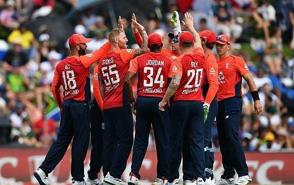 इंग्लैंड की टीम के लिए यह एक बड़ा झटका कहा जा सकता है