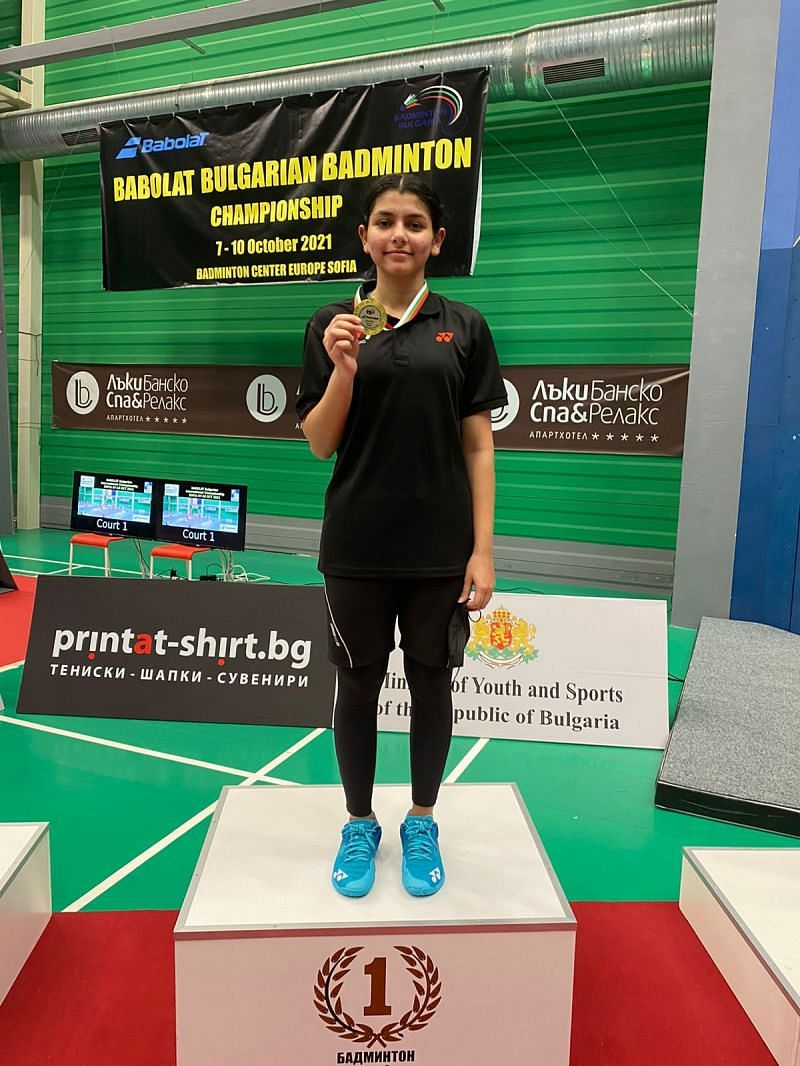 18-year-old Samiya Imad Farooqui displays her gold medal