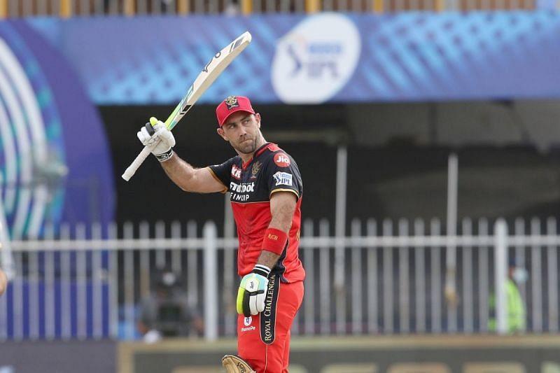 ग्लेन मैक्सवेल ने पंजाब के गेंदबाजों की धुनाई की (फोटो - IPL)