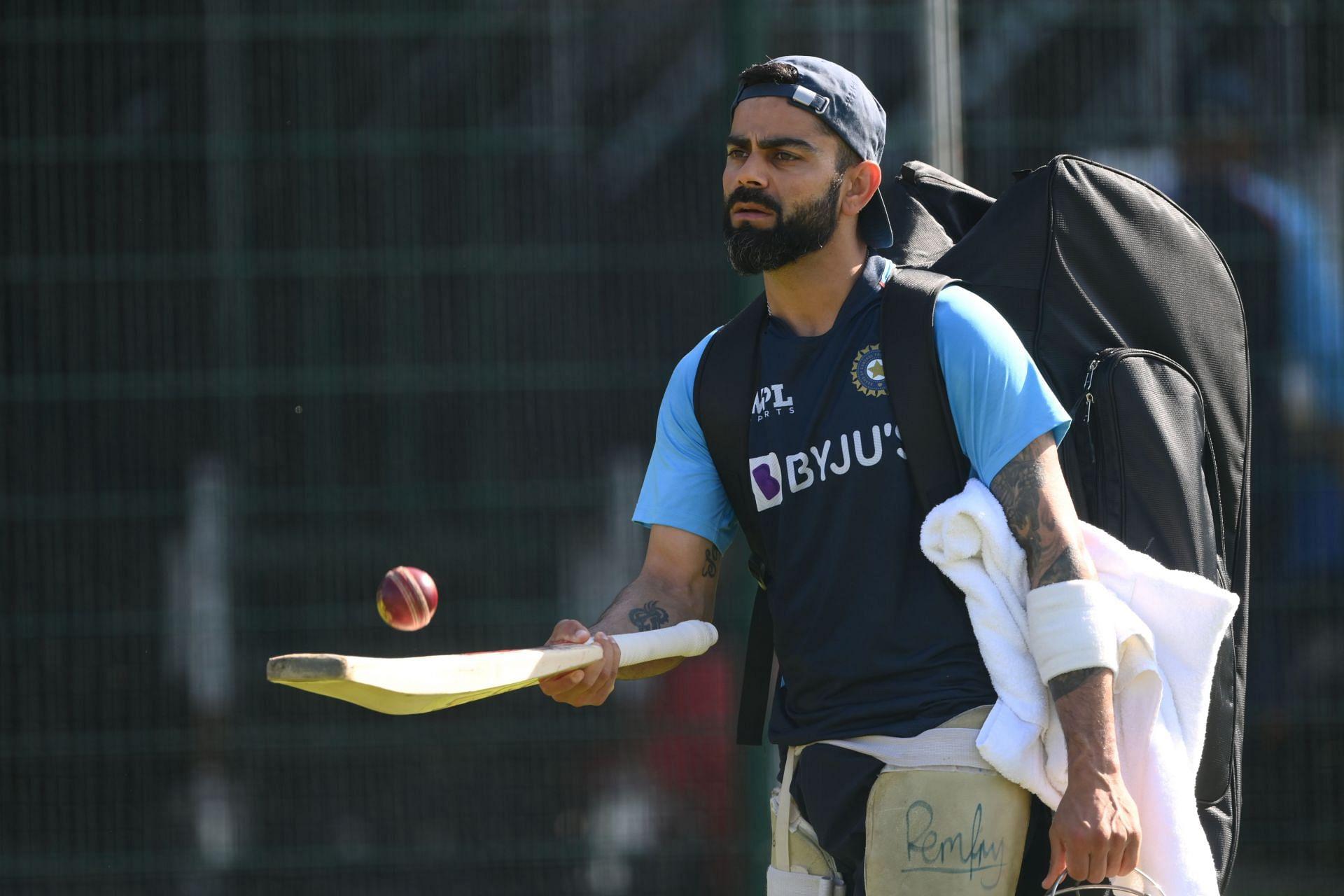 विराट कोहली पर दबाव कम करने की दिग्गज क्रिकेटर ने बताई तरकीब