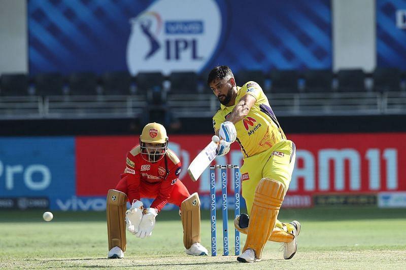 एम एस धोनी बल्लेबाजी के दौरान (Photo Credit - IPLT20)