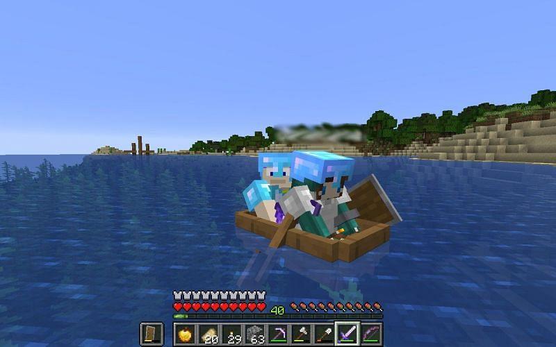 Buddies in a boat (Image via Mojang)