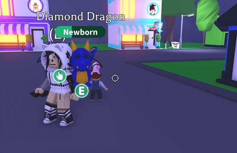 Diamond dragons turn dark blue at night. (Image via Roblox Corporation)