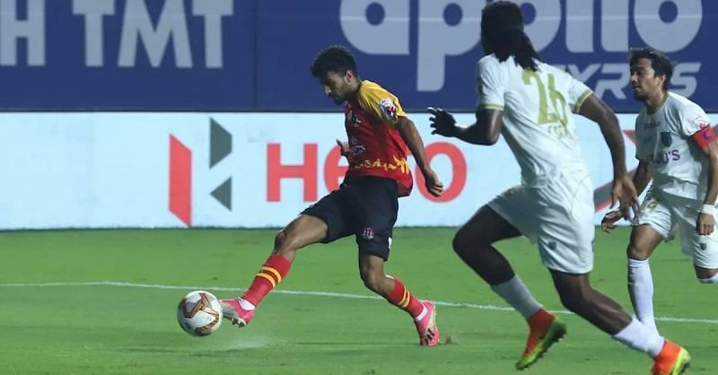 Harmanpreet in action for SC East Bengal.