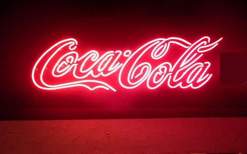 This neon sign uses the same shade of red that the Coka-Cola can uses (Image via DIY Neon Signs)