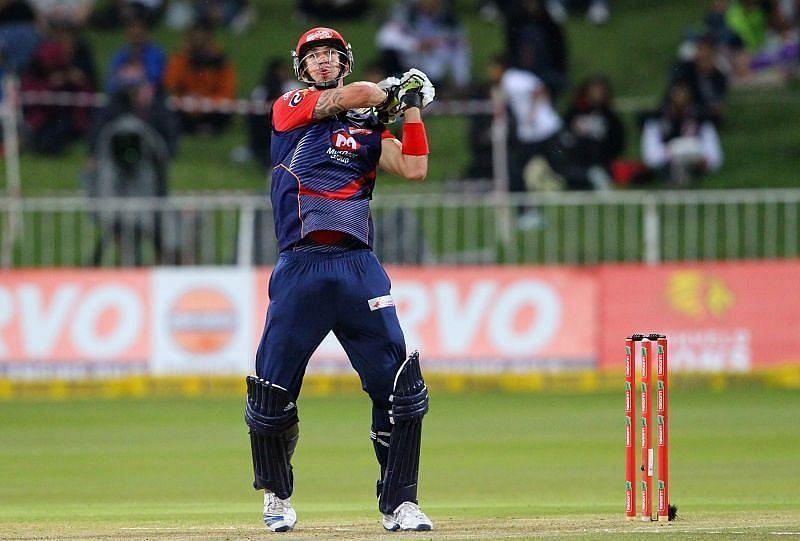 केविन पीटरसन ने 64 गेंदों पर 103 रनों की नाबाद पारी खेली थी (Photo - IPL)