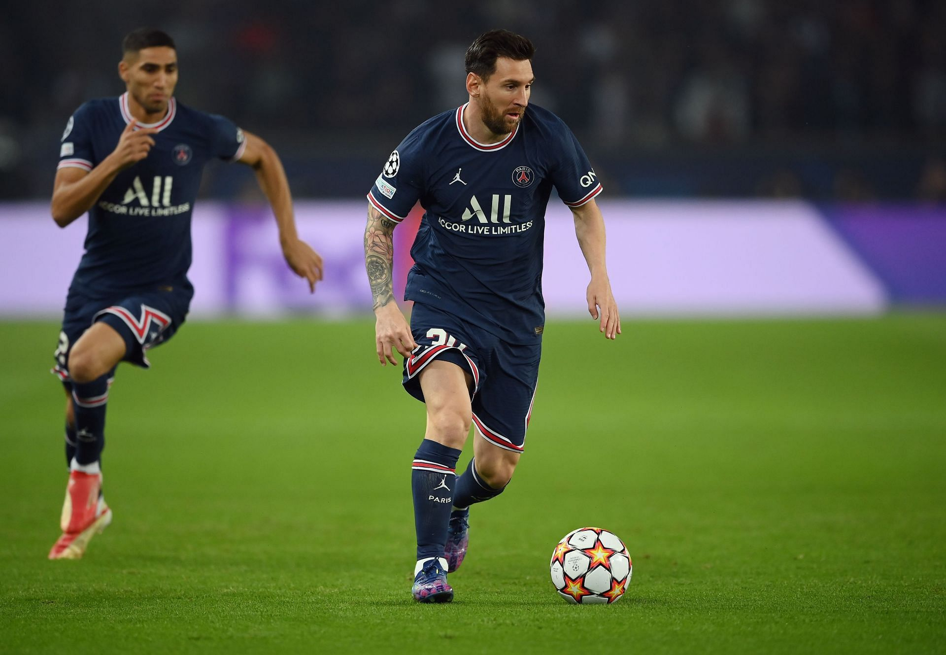 Lionel Messi is contemplating cutting ties with PSG.