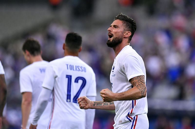 Olivier Giroud says he struggled to cope with his departure from Chelsea.