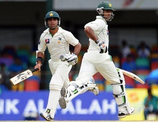 Taufeeq Umar (left) scored a quickfire 65 to help Pakistan put on 78 for the first wicket
