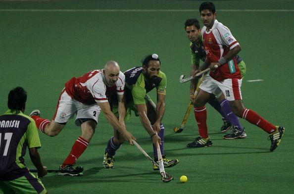 Delhi Waveriders vs Mumbai Magicians
