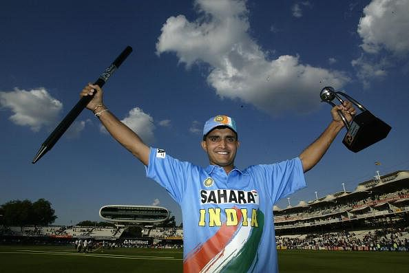 LONDON, ENGLAND - JULY 13:  Captain Saurav Ganguly of India with the Trophy during the match between England and India in the NatWest One Day Series Final