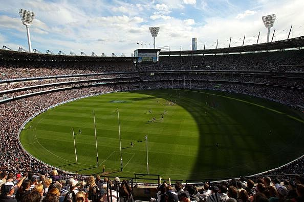 A general view of play during the round five AFL match between the Carlton Blues and the Geelong Cats at Melbourne Cricket Ground