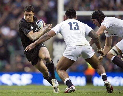 All Blacks great Dan Carter (L) is pictured during a rugby union match in London on December 1, 2012