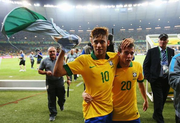 Brazil v Uruguay: Semi Final - FIFA Confederations Cup Brazil 2013