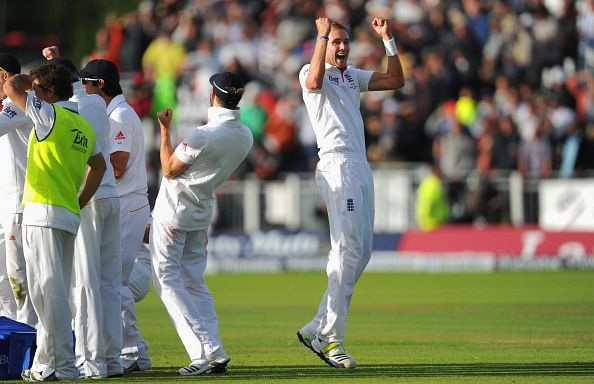 The Ashes 2013 – 4th Test, Day 4: Broad takes six as England seal the series