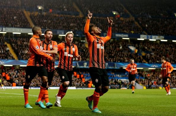Willian celebrates after scoring their first goal during the Champions League match between Chelsea and Shakhtar Donetsk at Stamford Bridge on November 7, 2012 in London, England.  (Getty Images)