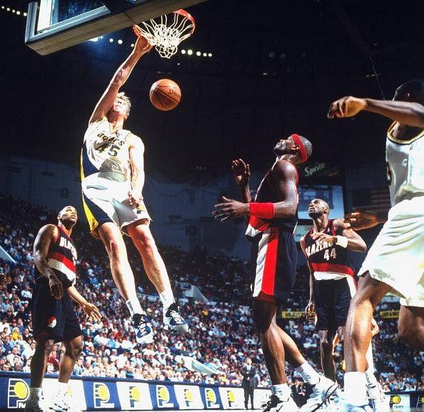 #9, at Sportskeeda's list of top 10 tallest basketball player in NBA is Rik Smits.
