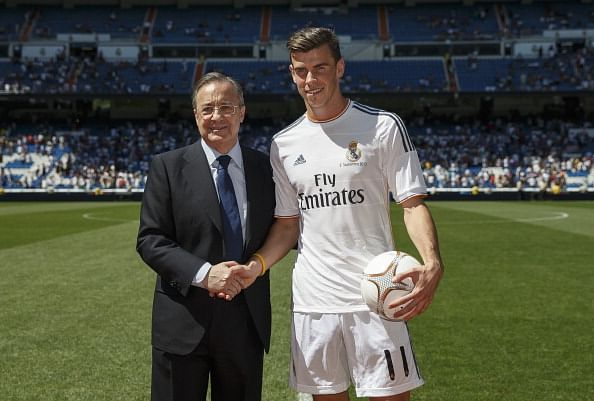 MADRID, SPAIN - SEPTEMBER 02:  Gareth Bale (R) poses with Real Madrid