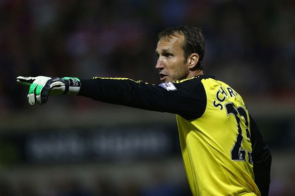 Mark Schwarzer  during the Capital One Cup third round match between Swindon Town and Chelsea at the County Ground on September 24, 2013 in Swindon, England.  (Getty Images)