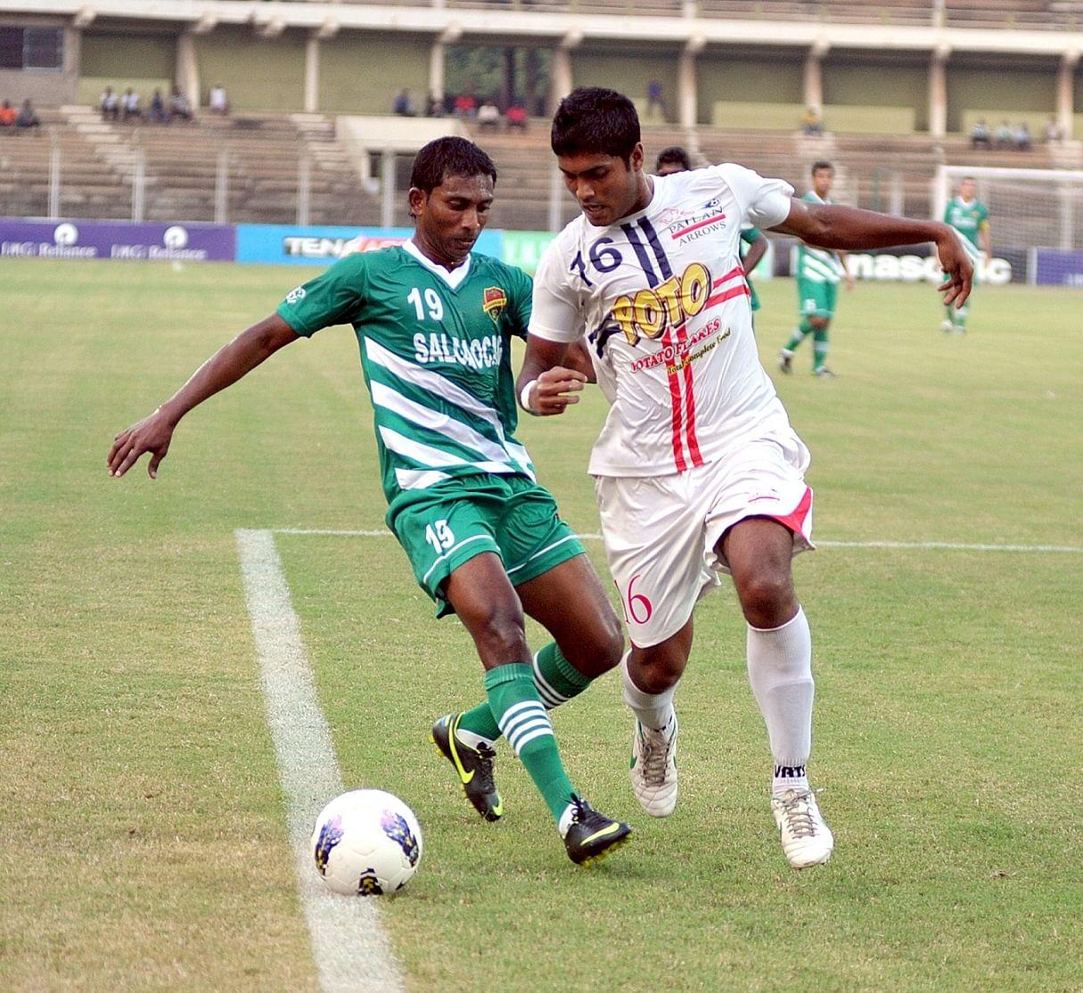 Nicolau Colaco (in green) Photo Credit: Salgaocar FC